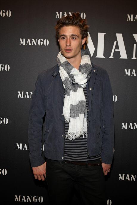 Max Irons MANGO