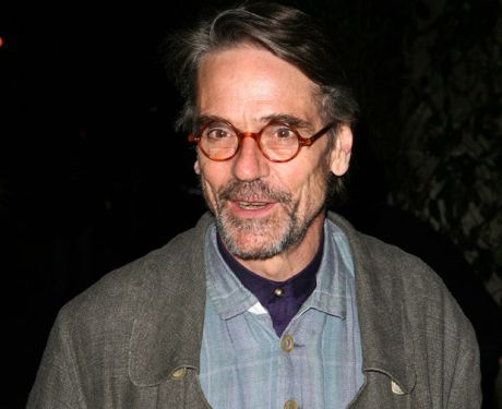 jeremy-irons-arrives-at-the-old-vic-for-the-bridge-project