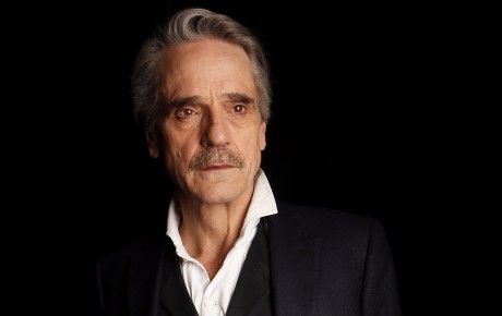 la-et-hc-jeremy-irons-batman-20160328