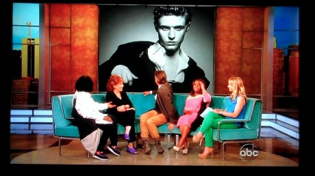 Jeremy Irons on 'The View' 23 April 2012 0 04 59-08