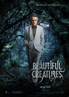 "Jeremy Irons as Macon Ravenwood in ""Beautiful Creatures"""