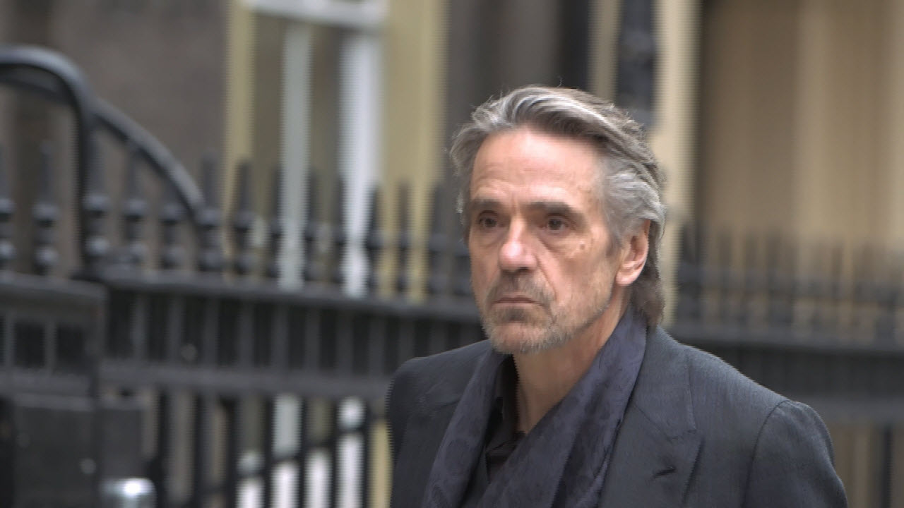 jeremy irons trashed