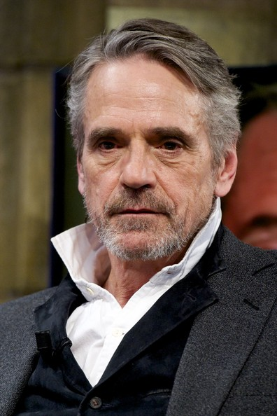 Jeremy Irons earned a  million dollar salary, leaving the net worth at 10 million in 2017