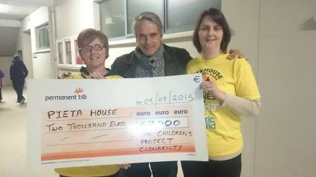 Jeremy Irons supports Darkness into Light Clonakilty