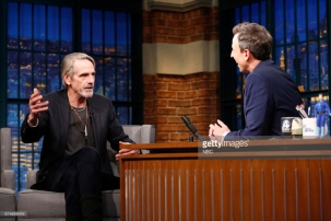 LATE NIGHT WITH SETH MEYERS -- Episode 609 -- Pictured: (l-r) Actor Jeremy Irons talks with host Seth Meyers during an interview on November 15, 2017 -- (Photo by: Lloyd Bishop/NBC/NBCU Photo Bank)