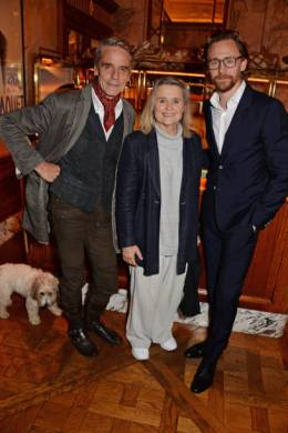 "LONDON, ENGLAND - OCTOBER 10: (L to R) Jeremy Irons, Sinead Cusack and Tom Hiddleston attend an after party for ""Happy Birthday, Harold"", a charity gala celebrating the life and work of Harold Pinter and the press night performance of ""Pinter At The Pinter"", at Brasserie Zedel on October 10, 2018 in London, England. (Photo by David M. Benett/Dave Benett/Getty Images)"